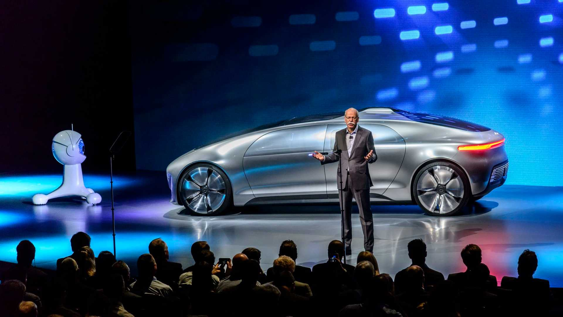 Mercedes-Benz Presents F 015 Fuel Cell Concept With 124 Miles Of ...