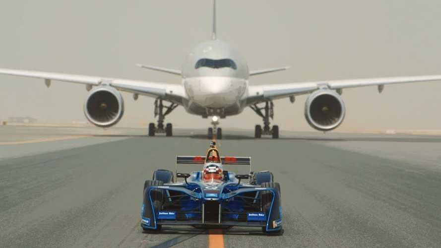Watch Formula E Car Race Airbus 350 & Boeing 787