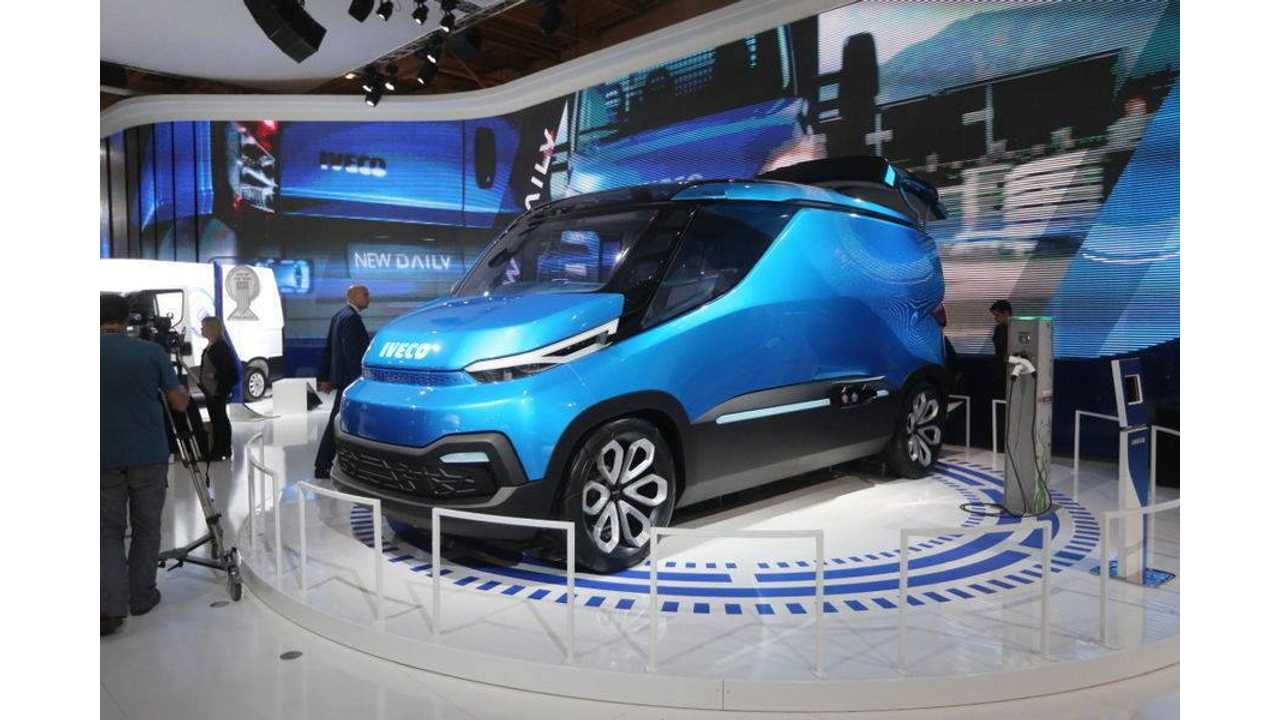 Iveco Vision along charging point