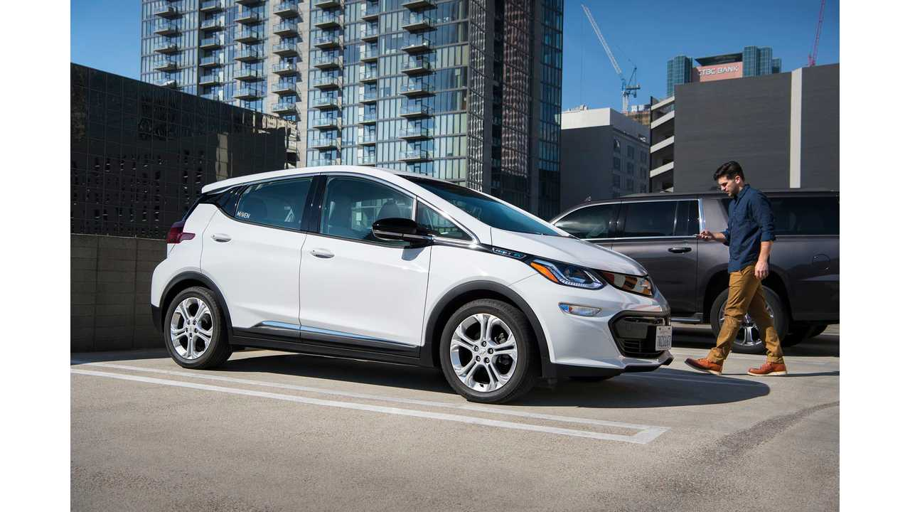 Chevrolet Bolt Wins Canadian Green Car Of The Year Award