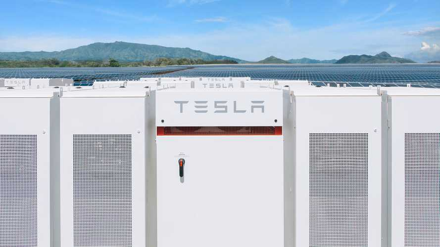 Need Help Texas? Tesla Is Building A Massive Battery To Support Grid