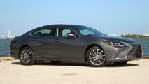 2019 Lexus ES300h Luxury: Review
