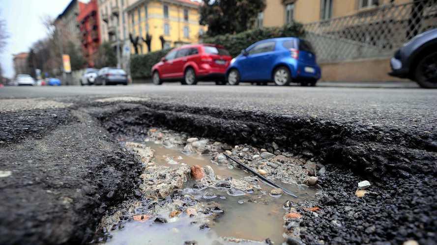 Buche a Roma, la soluzione del Governo: Esercito e 7 autovelox