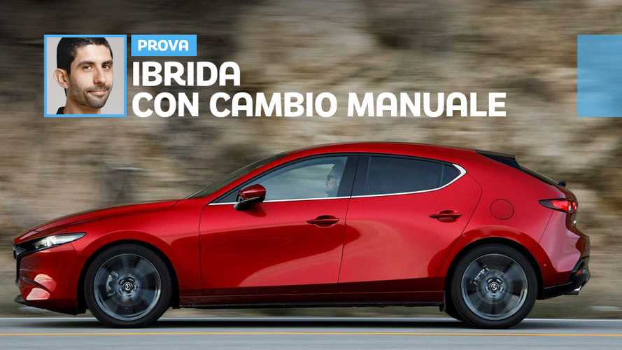 """Mazda3, ecco come va l'ibrida """"liscia"""" come nessun'altra"""