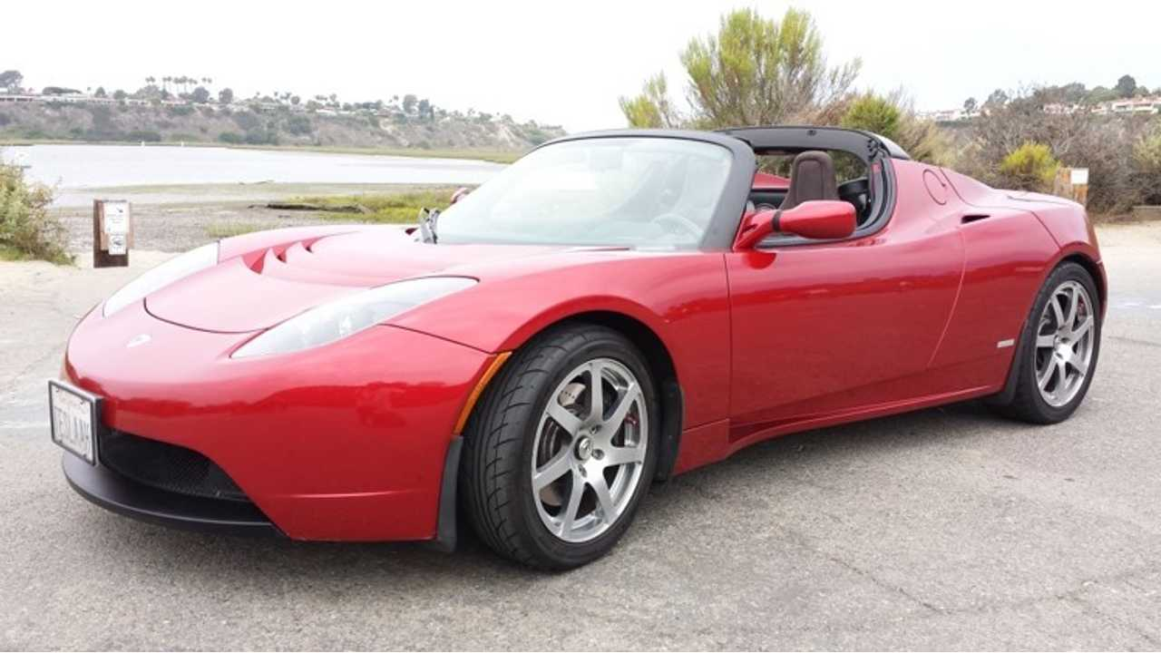 Pristine 2008 Tesla Roadster Up For Auction on eBay; All Proceeds Go To Plug In America
