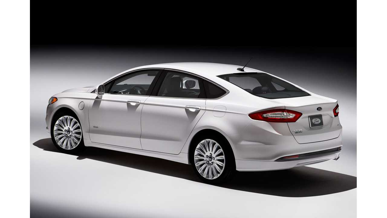2013 Green Car Of The Year Winner Ford Fusion, Hybrid And Plug-In Energi