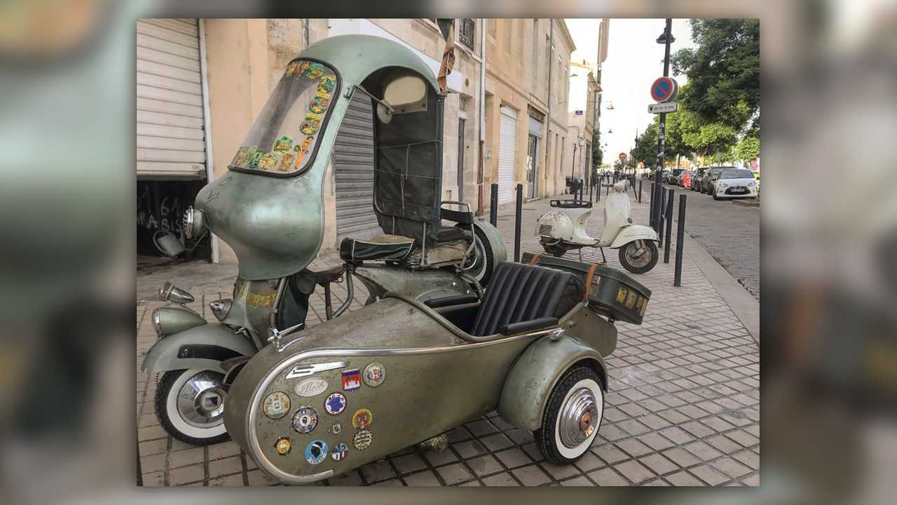 Cycleweird: ACMA Vespa 125...Thing...With Sidecar