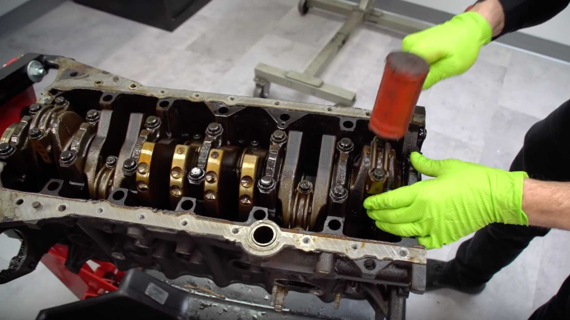 """[""""Why Is The 2JZ Engine So Strong? This Breakdown Shows Why""""]"""
