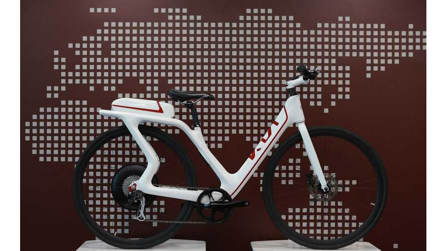 Kia Debuts 2 Electric Bikes in Geneva