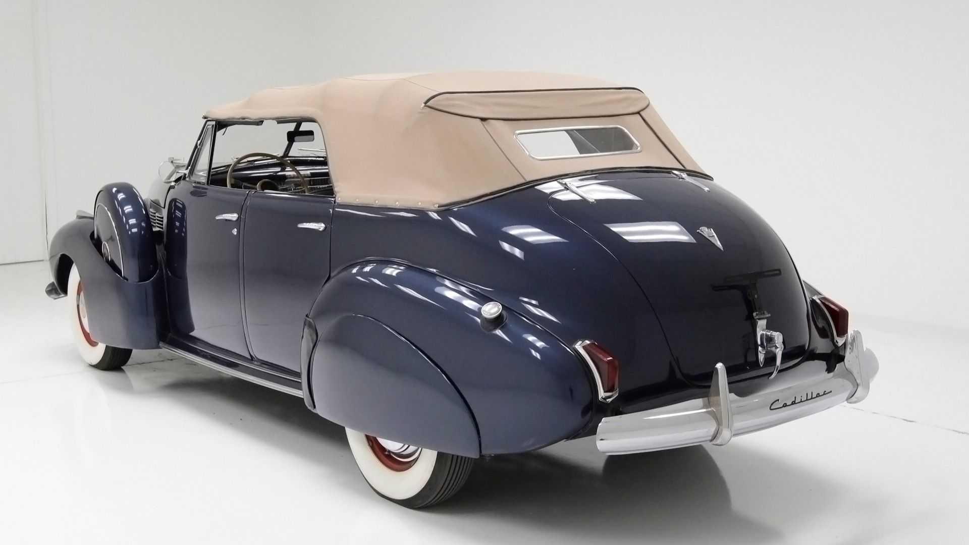 """[""""1940 Cadillac Series 62 Convertible Sedan""""]"""