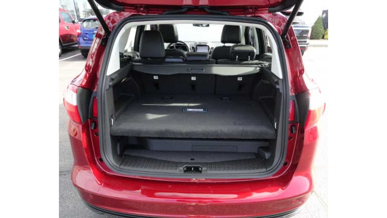 Ford S 7 6 Kwh Lithium Battery Takes Up A Good Bulk Of The Cargo Area In
