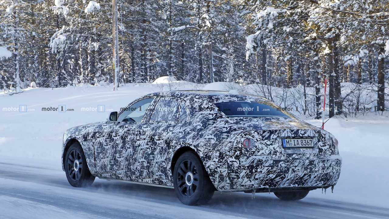Next-Gen Rolls-Royce Ghost Spied In Snowy Weather [UPDATE]