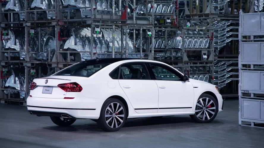 VW düşük talep yüzünden Amerika'ya özel Passat'ın üretimini durdurdu