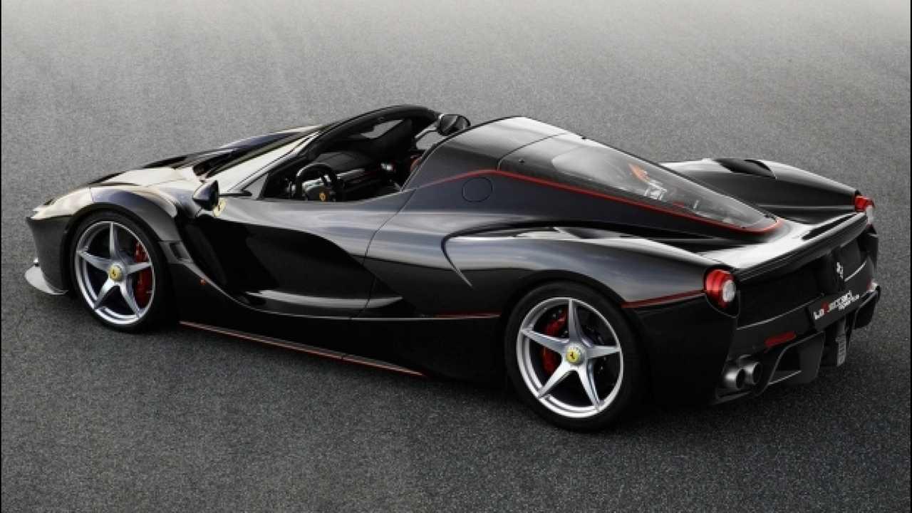 [Copertina] - Ferrari, LaFerrari Aperta stupisce il mondo