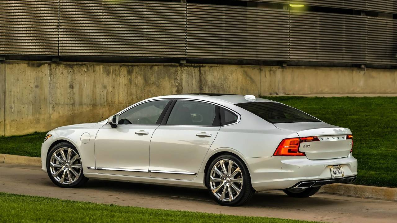 11. Premium Luxury Large Sedan: Volvo S90.