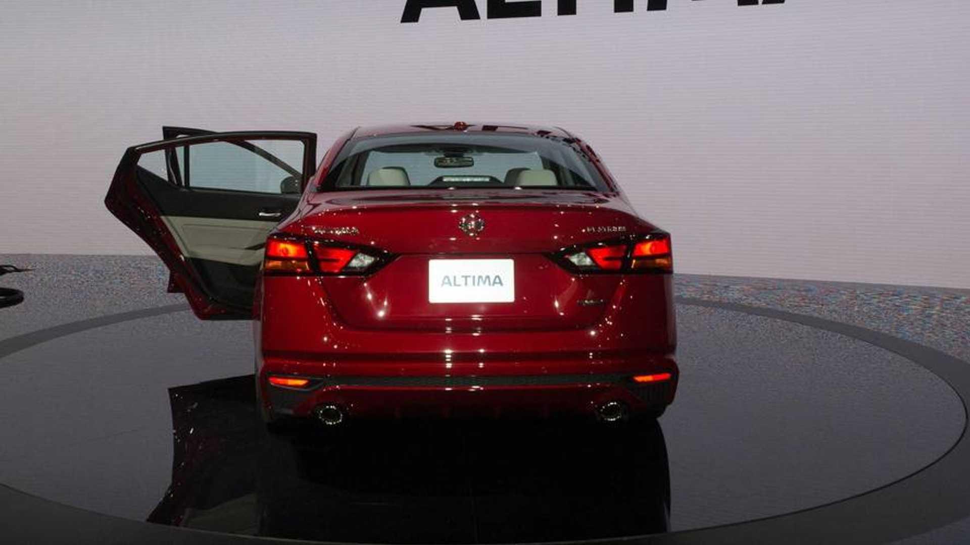 Nissan Altima: Speaker Adaptation function