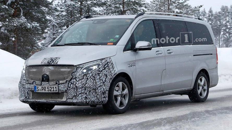 Mercedes-Benz V-Class Spy Photo