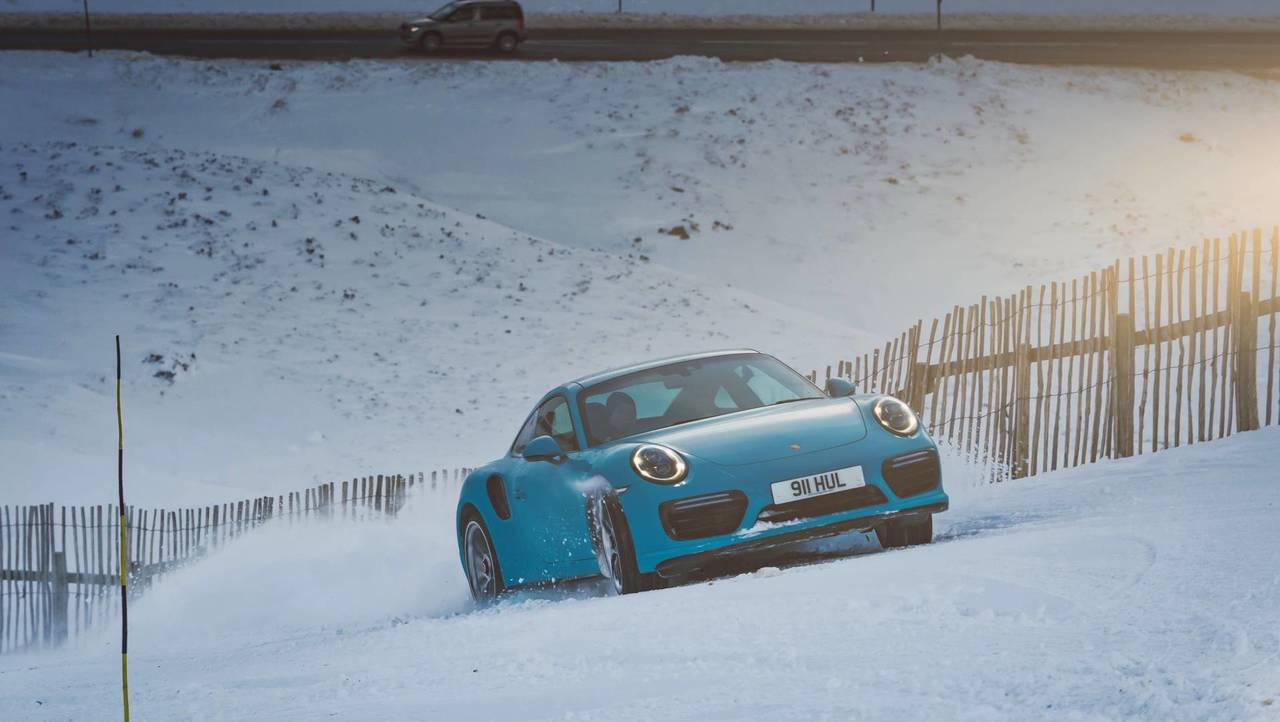 Porsche 911 Turbo S Ski Slope