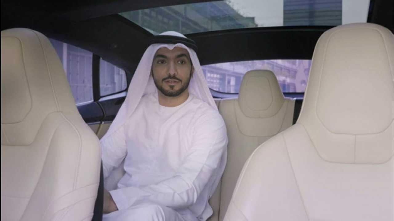 [Copertina] - Dubai, tra 14 anni 3 auto su 10 guideranno da sole [VIDEO]