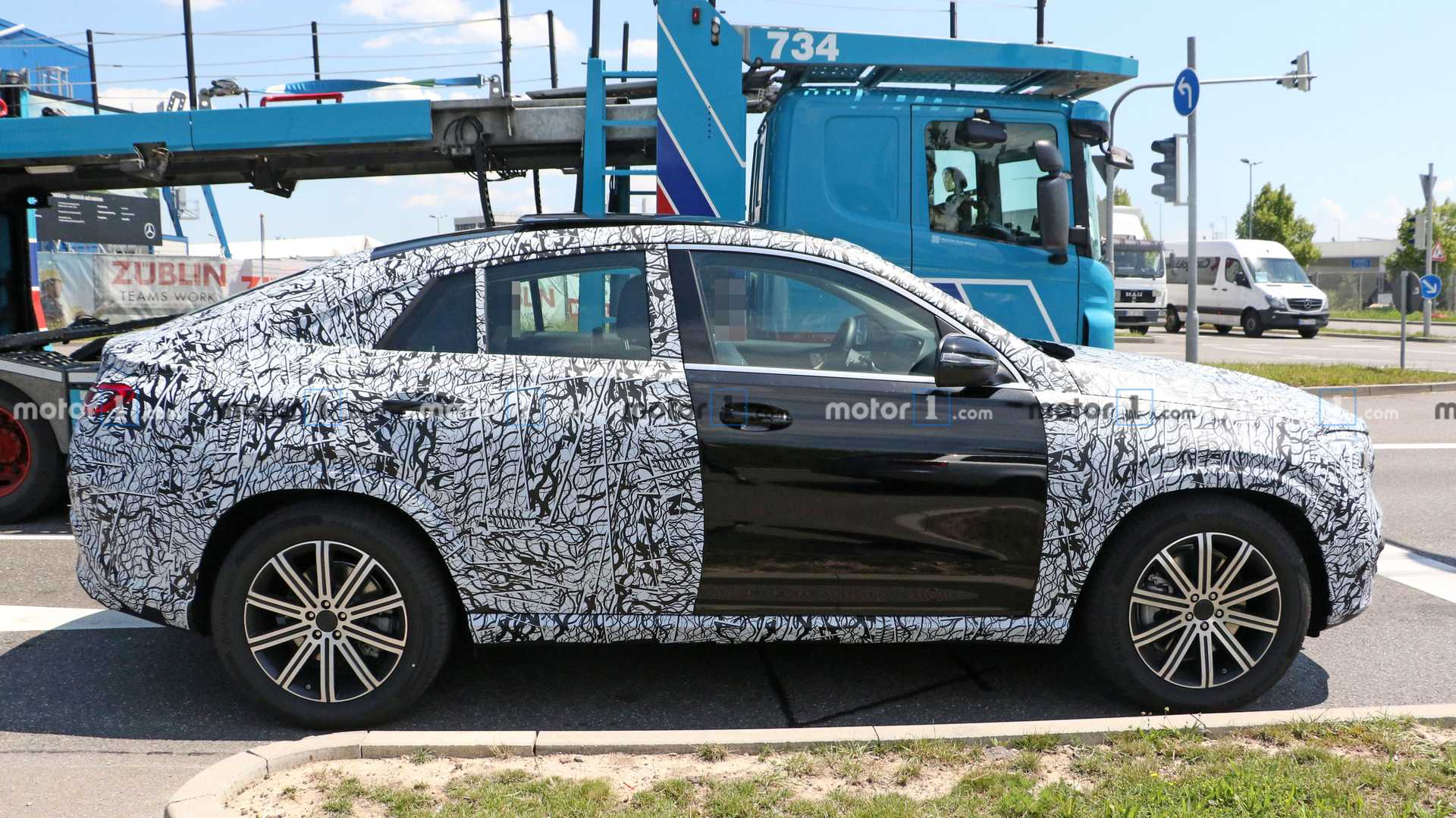 2019 - [Mercedes-Benz] GLE Coupé  - Page 2 2020-mercedes-gle-coupe-spy-photo
