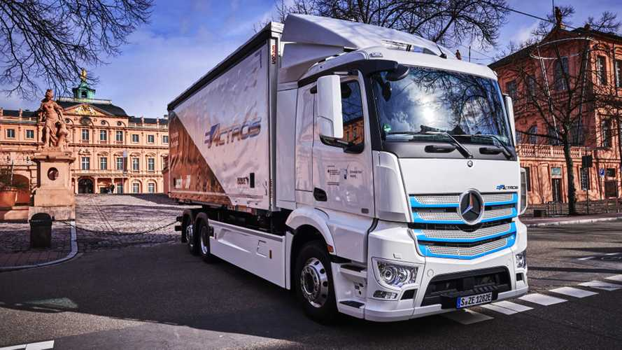 Test Mercedes-Benz eActros. In esercizio con Rigterink