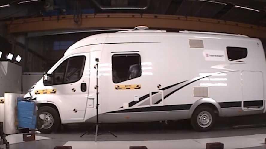 Çarpışma testlerinde karavanlar nasıl performans sergiliyor?