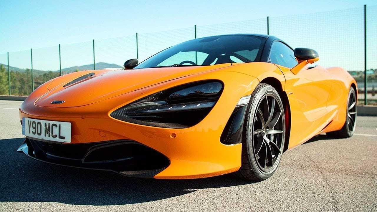 Chris Harris Drives McLaren 720S Track Pack