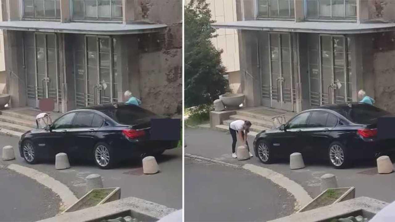 BMW parkolás
