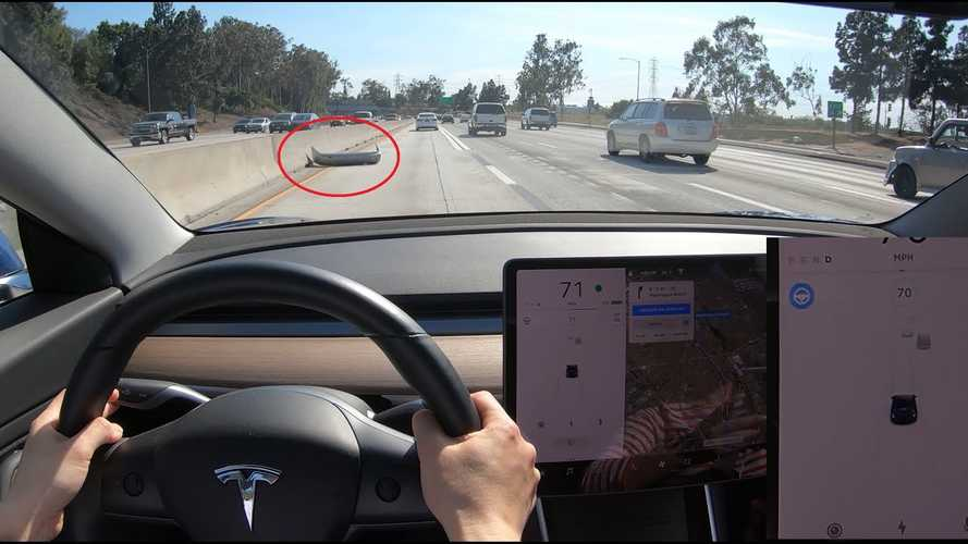 Tesla Navigate On Autopilot: Lane Change, Road Debris, No Confirmation