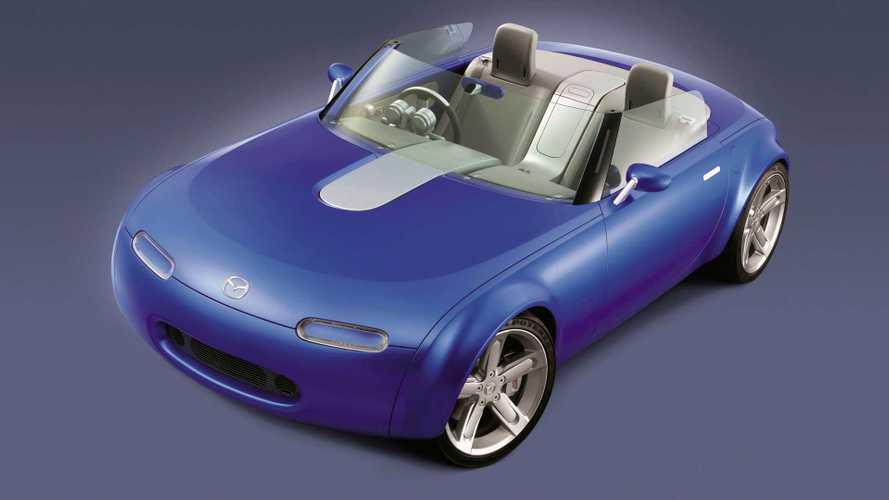 Conceptos olvidados: Mazda Ibuki 2003