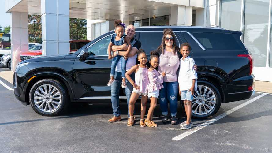 2020 Hyundai Palisade for 12-member family in Ohio