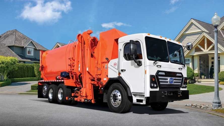 BYD Delivers First Electric Refuse Truck In Southern California