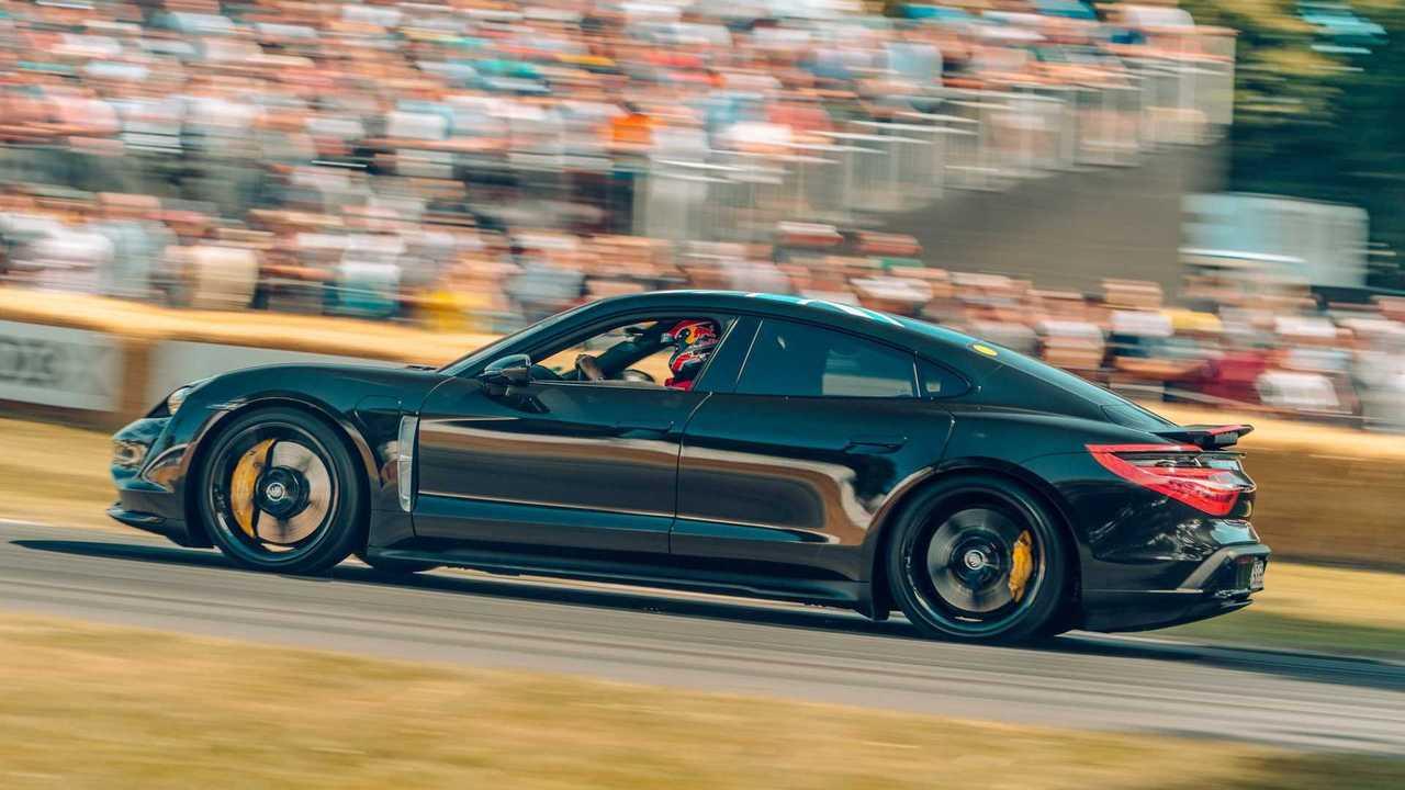 Prototype Porsche Taycan au Festival de vitesse de Goodwood