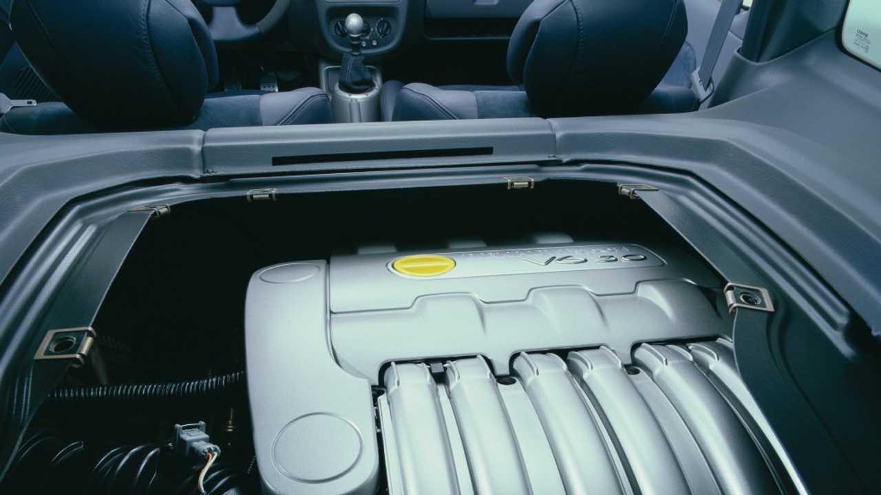 Renault Clio V6 2001: 230 CV
