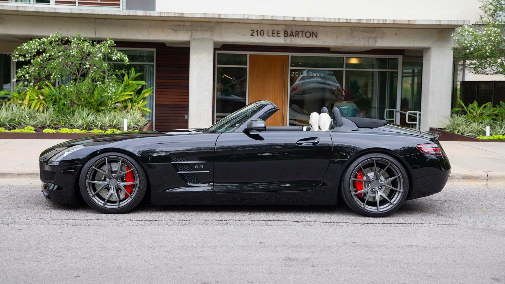 """[""""2012 Mercedes-Benz SLS AMG Begs To Take Its Top Off""""]"""