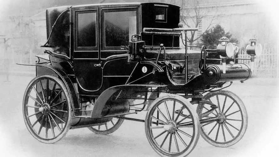 Daimler, dal primo taxi motorizzato a Free Now