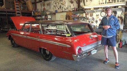 Tom of barn find hunter restores a junkyard country sedan