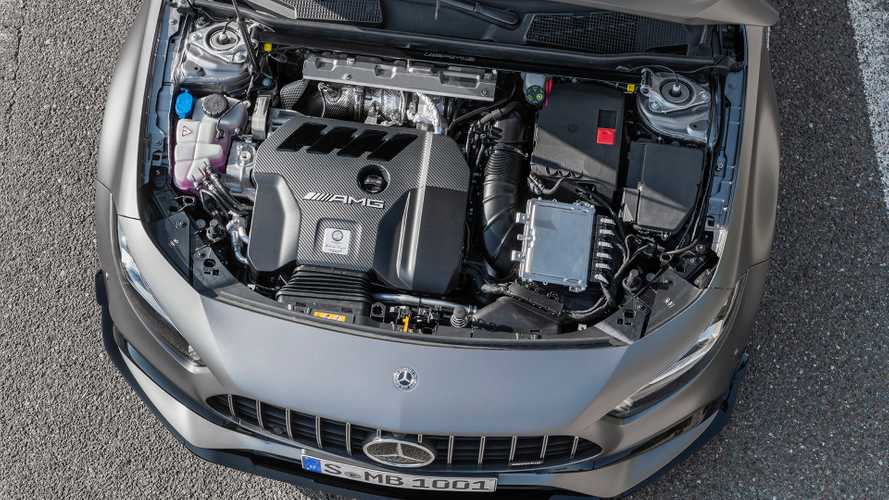 Motor 2.0 turbo de 421 cv do A45 pode substituir V6 na Mercedes