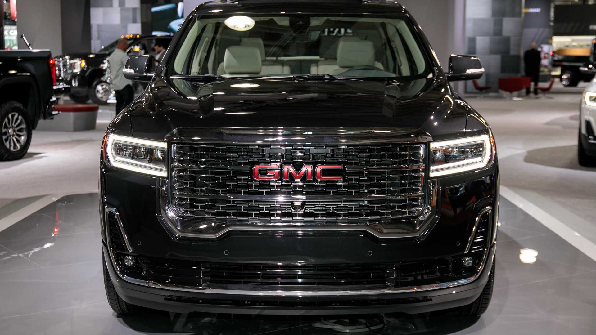2020 Gmc Acadia Refresh Revealed With New Turbo 2 0l Engine