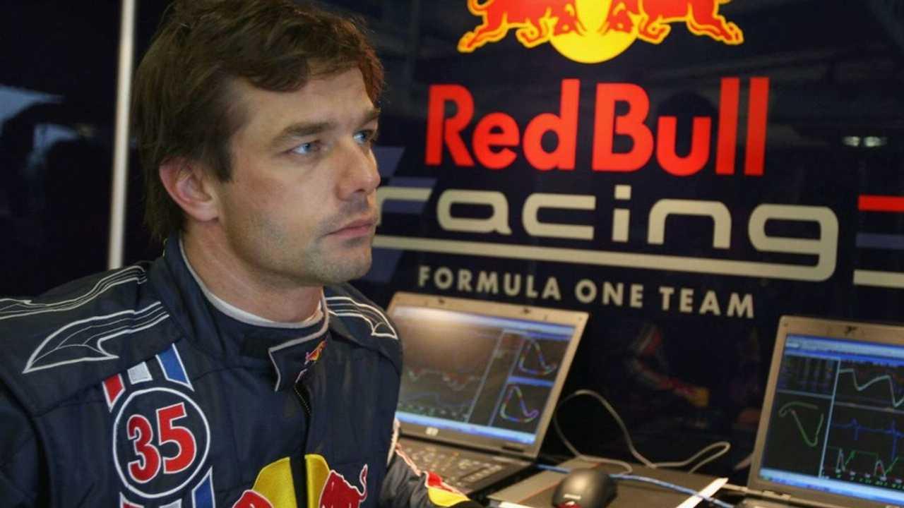 Sebastien Loeb prepares for gift F1 test, Silverstone, Northampton, England 13.11.2008