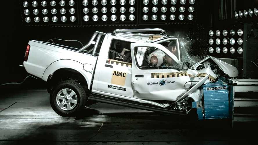 Nissan NP300 pickup gets terrifying zero-star crash rating