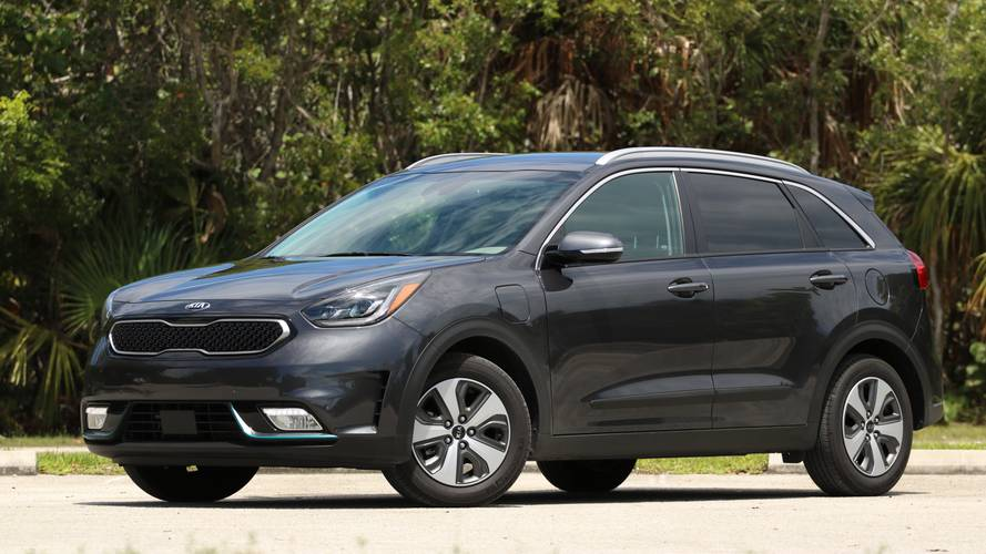 2018 Kia Niro PHEV Review: Electrified Simplicity