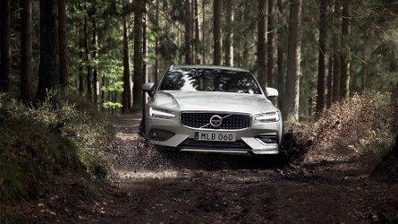 Volvo V60 Cross Country, arriva a gennaio da 50.700 euro
