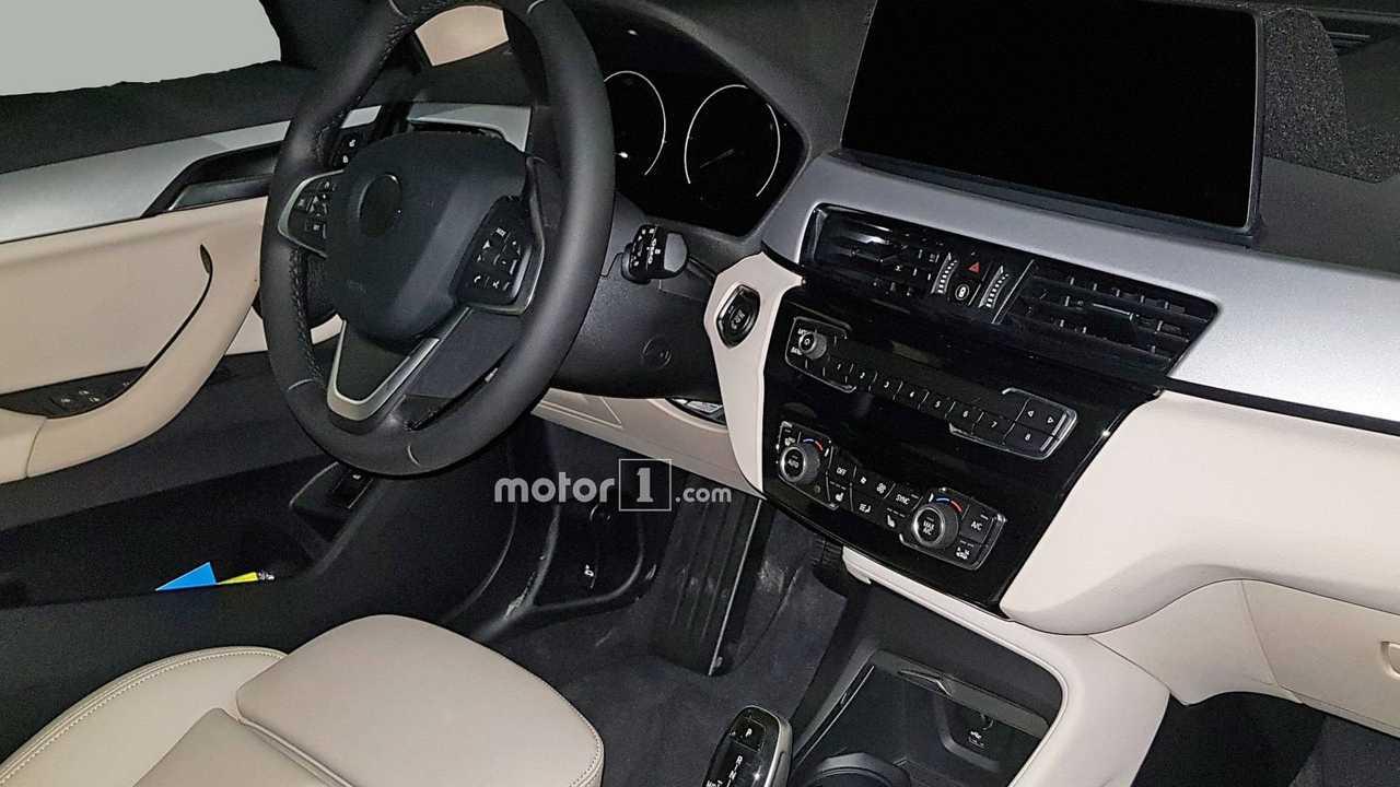 2020 BMW X1 spy photo