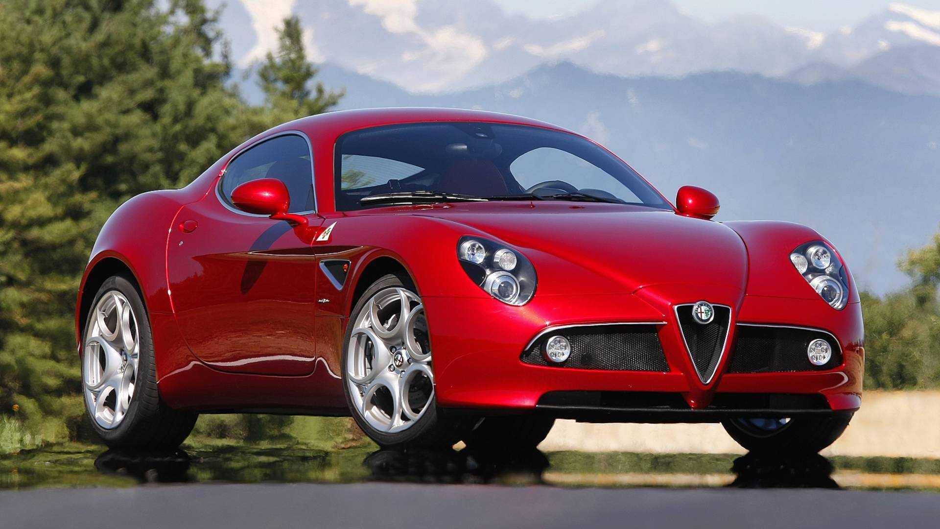 Alfa Romeo 8C Competizione, creata per incantare