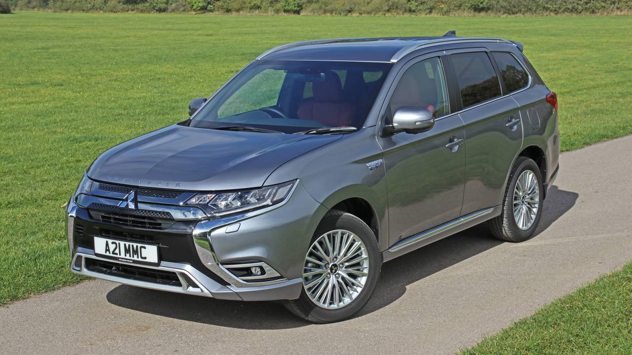 Mitsubishi Outlander PHEV 5h and 5hs