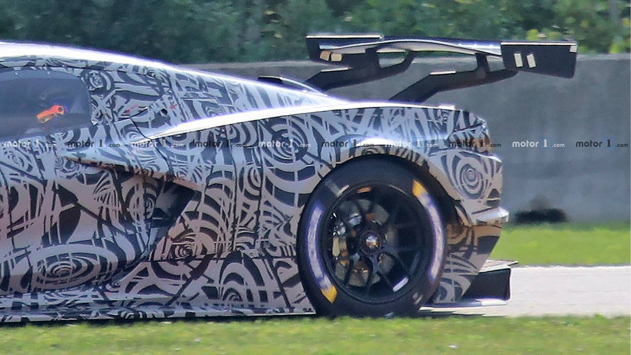 Mid-engine Corvette C8.R Race Car Spy Photos