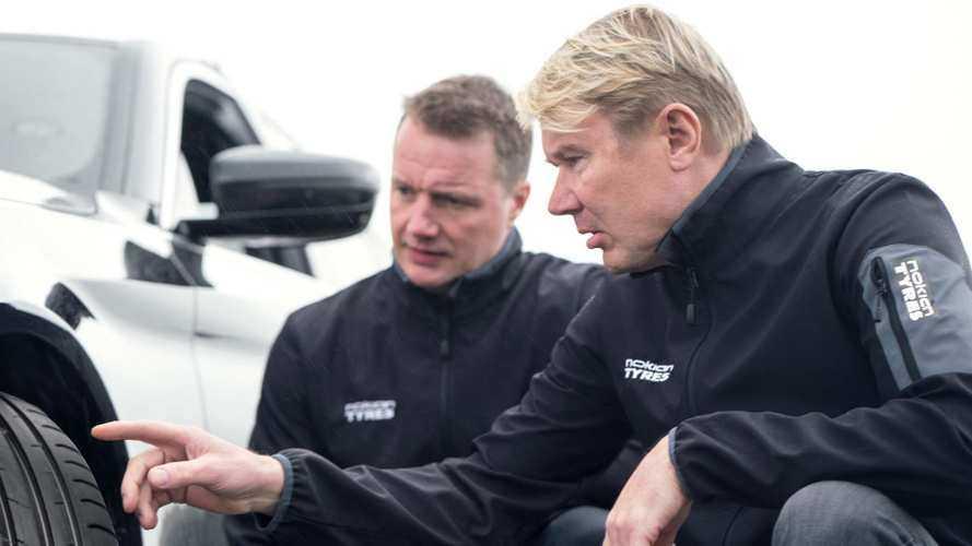 Cambio gomme, Mika Hakkinen dà qualche consiglio