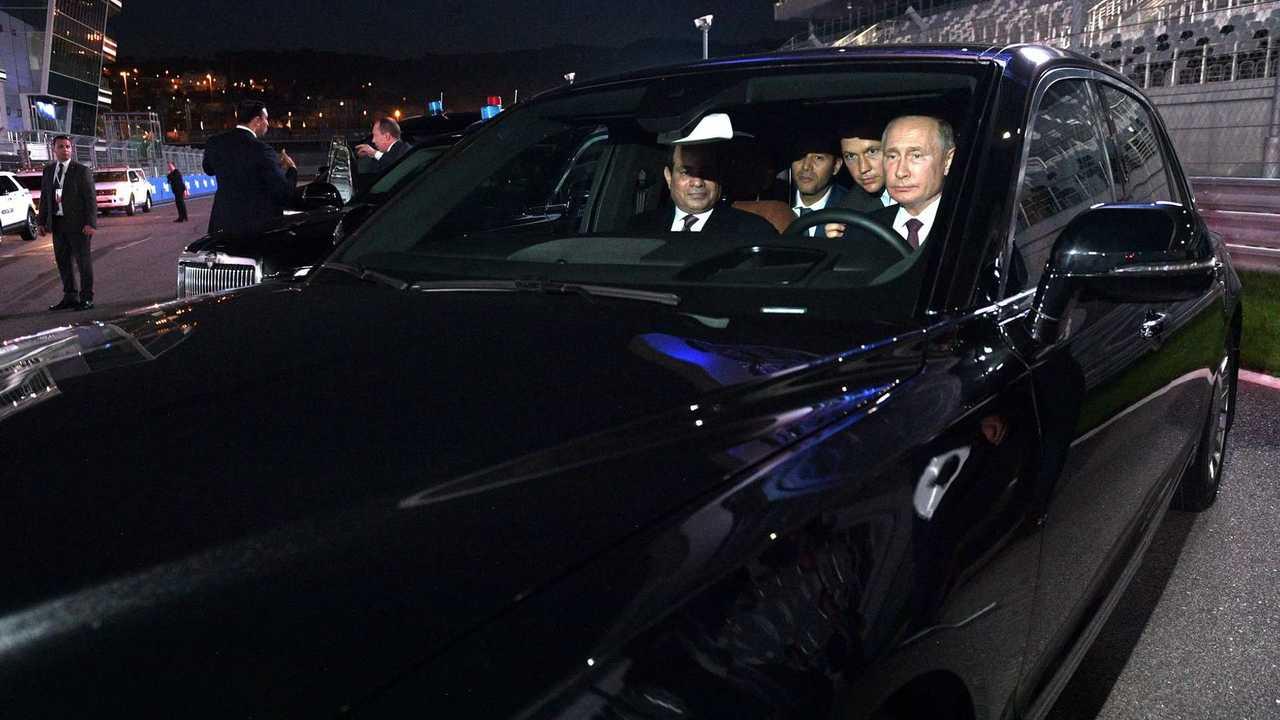 Владимир Путин и Aurus Senat в Сочи