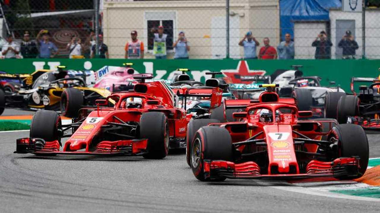 Kimi Raikkonen leads Sebastian Vettel at US GP 2018